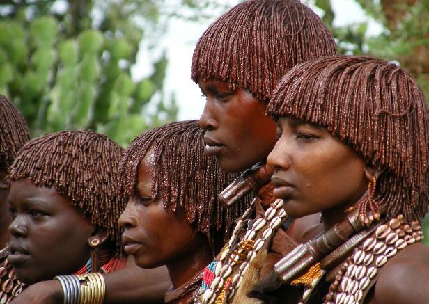 南エチオピア秘境縦断~驚異の民族に出会う旅~ | ユーラシア旅行社