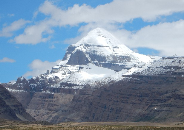 山脈 ヒマラヤ 動画:ヒマラヤで死亡した登山隊、印当局が最後の瞬間捉えた映像公開 写真1枚